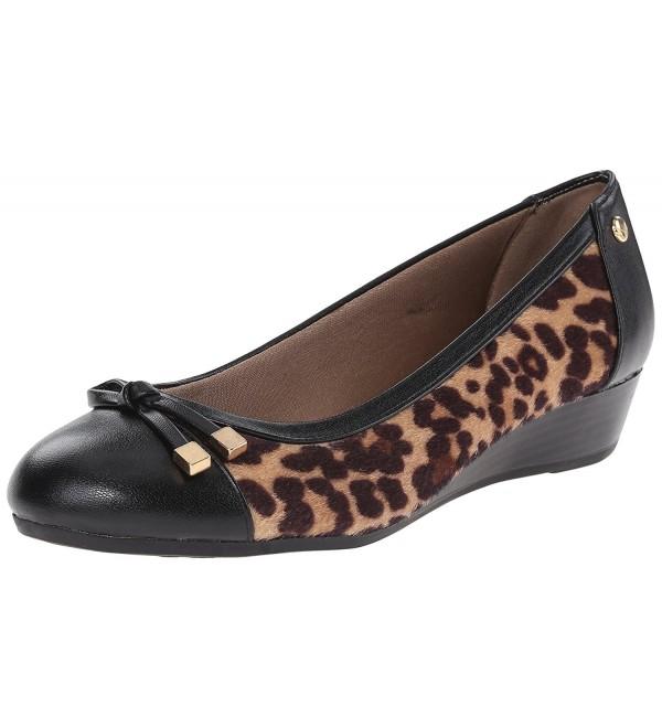 LifeStride Womens Future Flat Leopard
