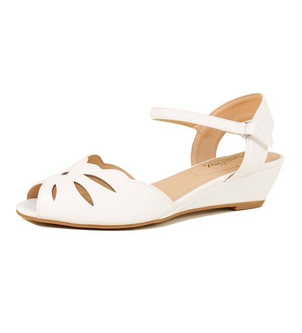 City Classified Wilson H Womens Sandals