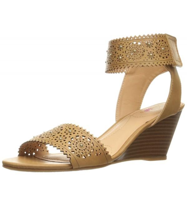 XOXO Womens Sallie s Wedge Sandal