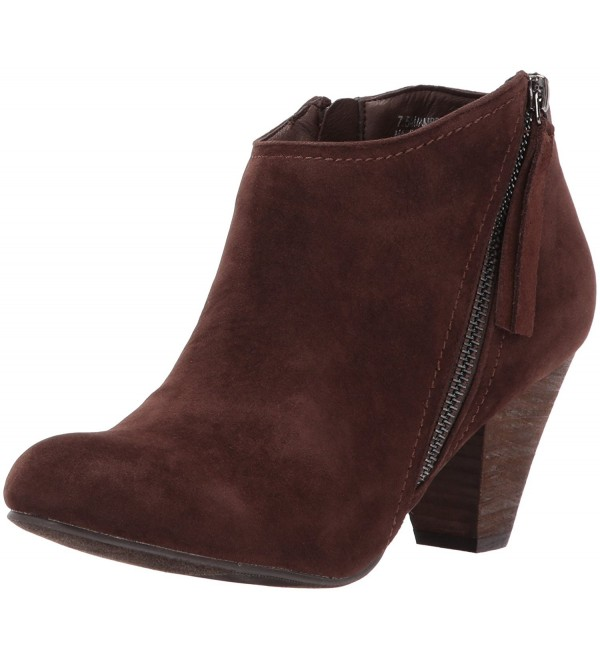 XOXO Womens Amberly Ankle Bootie