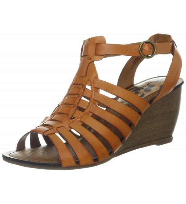BareTraps Womens Ivania Sandal Rust