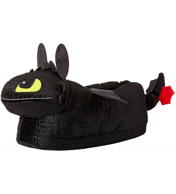 Happy Feet 2108 2 DreamWorks Toothless