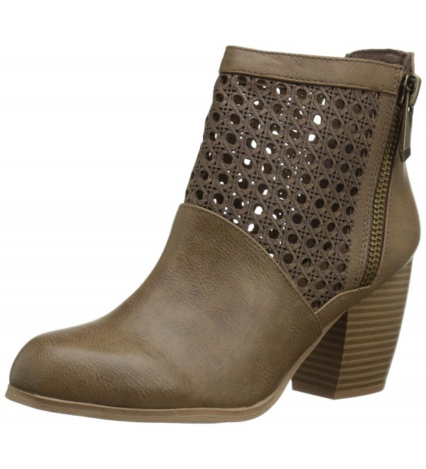 Qupid Womens Maze Boot Taupe